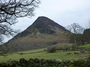 The impressive view of Mellbreak from Loweswater